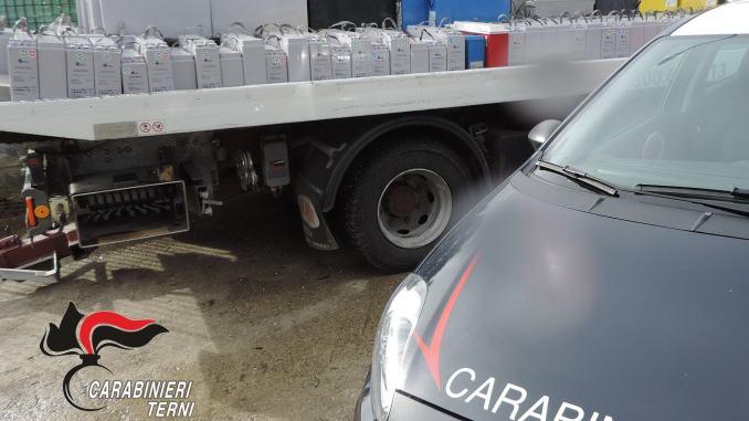 Carico di batterie rubate scoperto e recuperato dai Carabinieri, era diretto in Africa