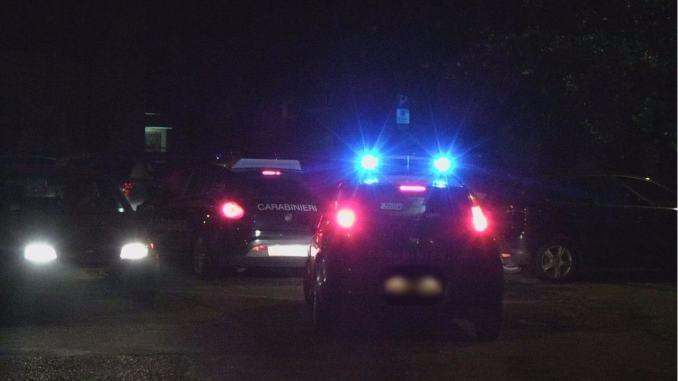 Terrore in casa a Papiano, rapinatori legano e bendano una donna, 200 euro il bottino