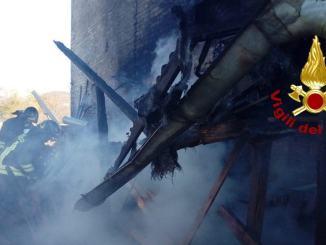 Incendio in falegnameria a Città di Castello nel giorno di Santa Barbara