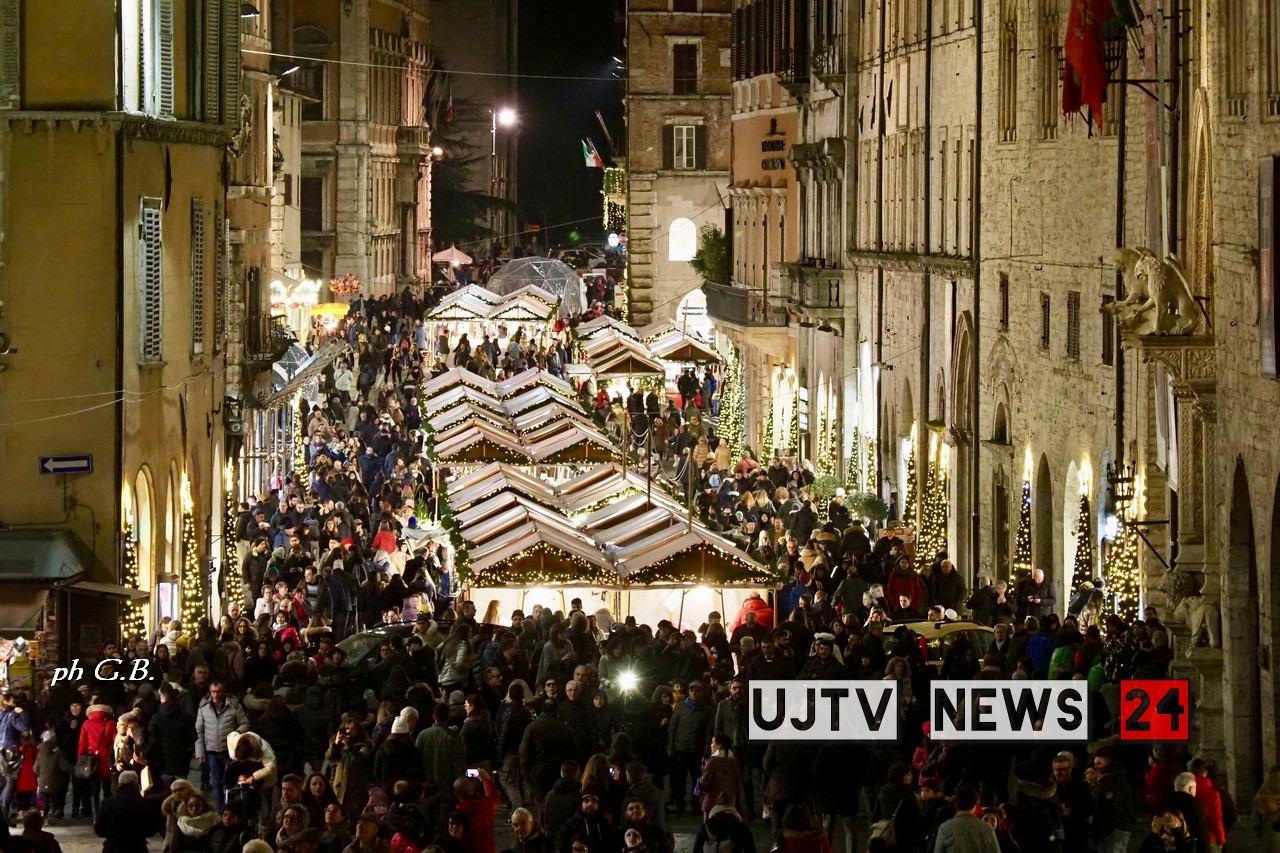 Il Natale più bello è a Perugia, un peccato non esserci | FOTO