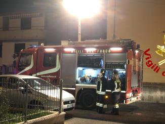 Incendio nella notte a Città di Castello, uomo ustionato, ora in ospedale