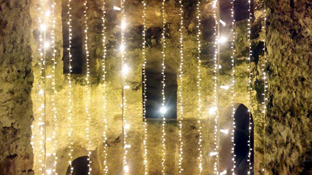 Il Pozzo di San Patrizio, ad Orvieto, si illumina per Natale, da vedere