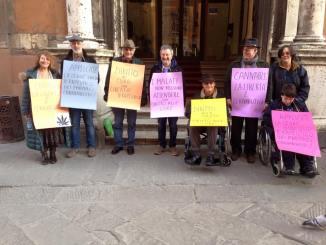 Libertà di cura e di scelta, manifestazione a Perugia lunedì 23 dicembre