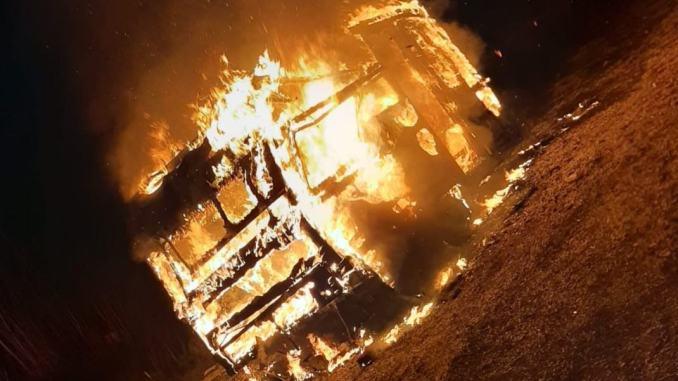 A fuoco roulotte a Foligno, scatta reazione Associazione Nazione Rom