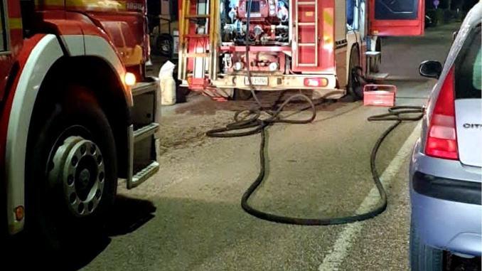 Incendio in casa a Castello muore donna di 82 anni sul posto i Carabinieri