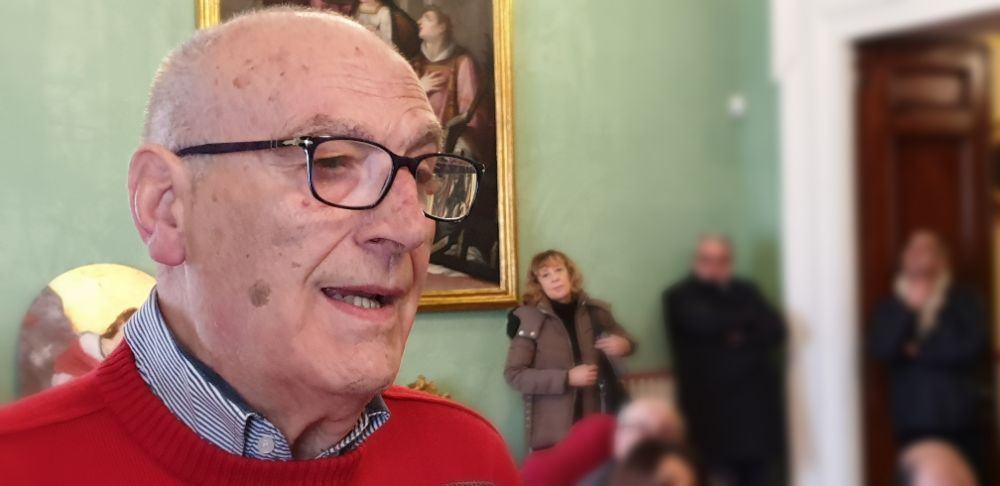Impegno del raccontare in modo sano.  confronto fra Cardinale Bassetti e giornalisti