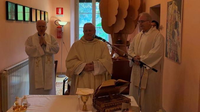 Cardinale Gualtiero Bassetti in visita all'Hospice dell'USL 1 Umbria