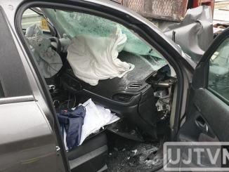 Incidente stradale sulla statale 318 Valfabbrica, auto contro camion, un morto | Foto