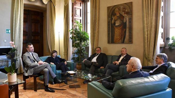 Sindacati al primo confronto con la presidente dell'Umbria Donatella Tesei