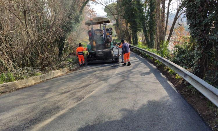 Iniziati i lavori di asfaltatura in via Respighi a Terni