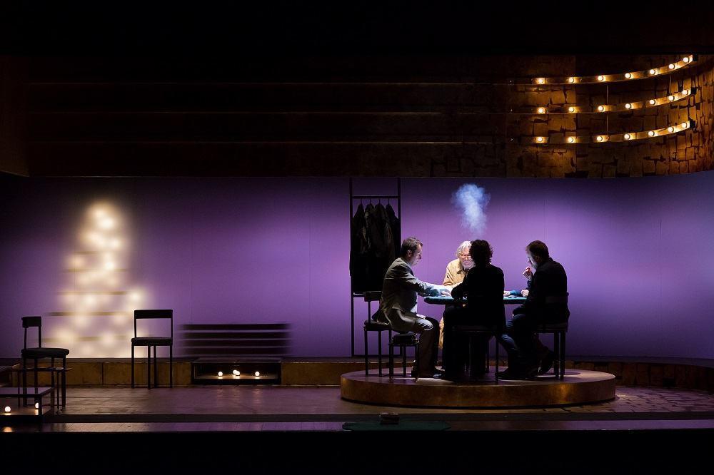 Regalo di Natale, 19 e 20 febbraio al Teatro Morlacchi di Perugia