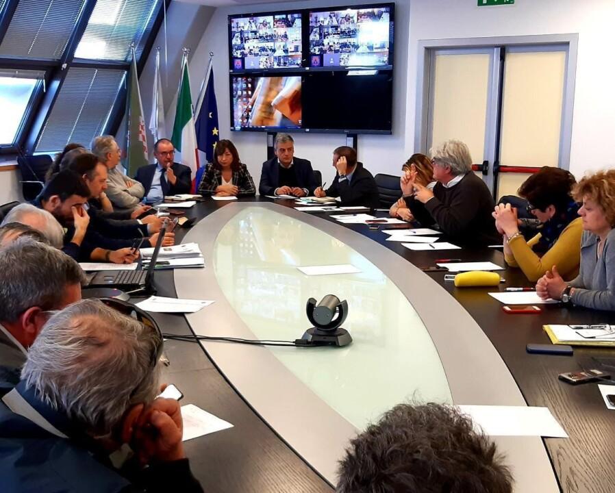 Coronavirus, tutte le scuole aperte, regione Umbria costretta a fare passo indietro