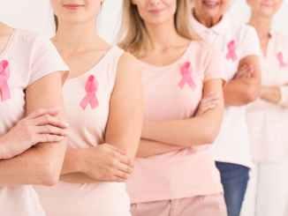 Tumore seno prima causa morte donne sotto 50 anni, Fora screening a 45
