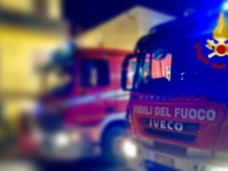 Fiamme in due abitazioni a Castiglione, i ladri non trovano niente e incendiano