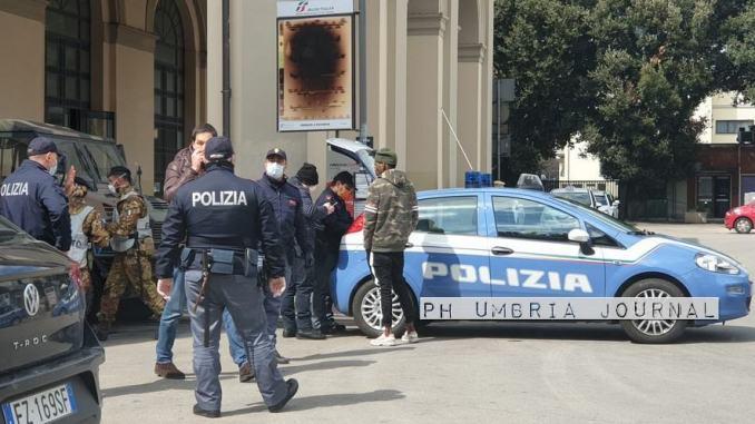 Forze dell'Ordine in campo contro il covid, 550 persone controllate a Perugia