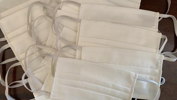 Coronavirus, tre aziende tessili umbre producono mascherine