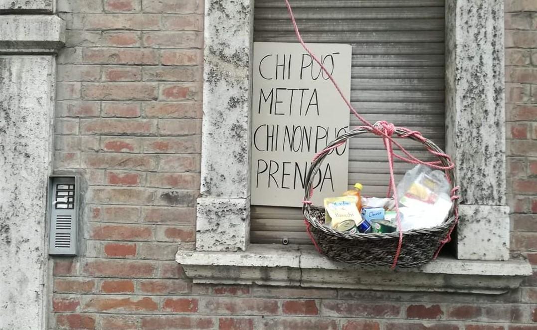 Coronavirus, a Perugia l'assessore al commercio promuove la spesa sospesa