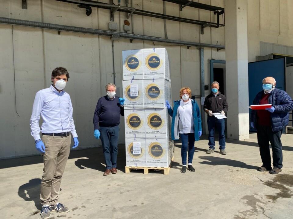 Donate dalla Nestle' alla Caritas diocesana seimila uova di Pasqua