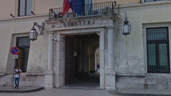 Ventiquattrenne di Spello uccide la madre 52enne a Caserta