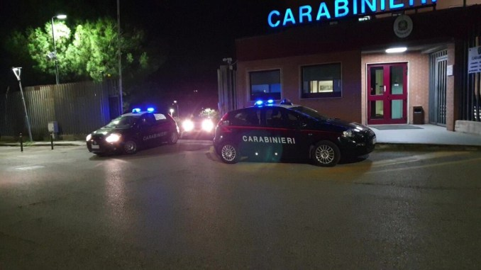 Imponente operazione antidroga dei Carabinieri, sequestrati 12 kg di eroina, 30 mila euro, effettuati 3 arresti