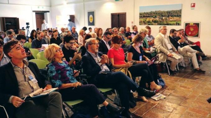 Giornalisti, filosofi, scrittori e scienziati al festival del giornalismo culturale