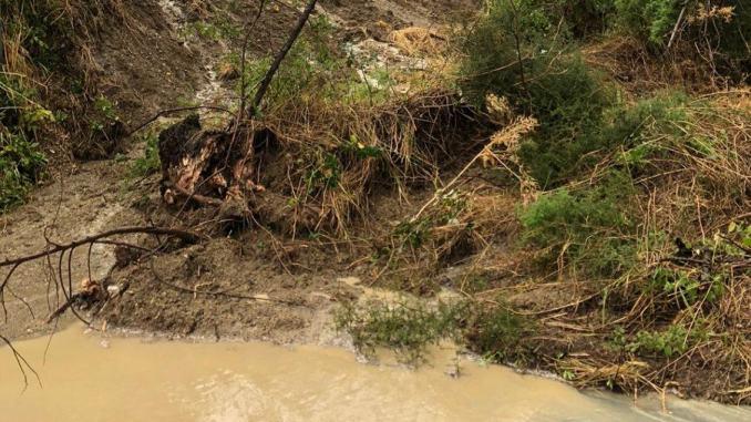 Maltempo ad Avigliano, campi allagati, danni a colture e strutture, frane e smottamenti