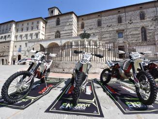 Moto Turismo Umbria nuovo modello business a due ruote