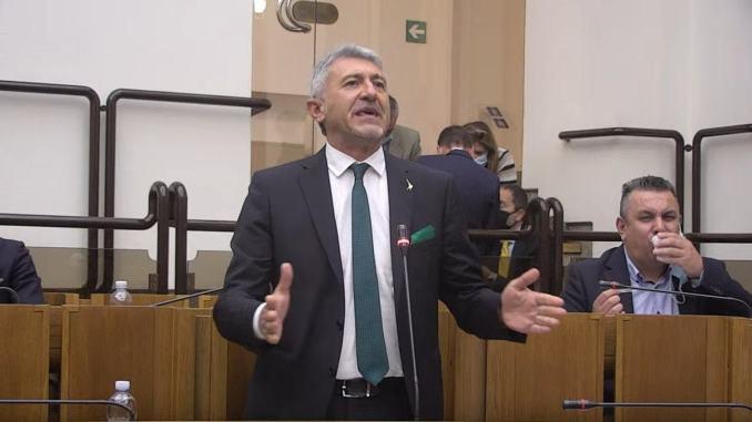 Danneggiamento tensostrutture a Castelluccio, Mancini risponde a Bianconi