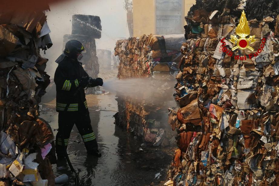 Incendio Cartiere di Trevi, nessun impatto sull'ambiente e sulla salute delle persone