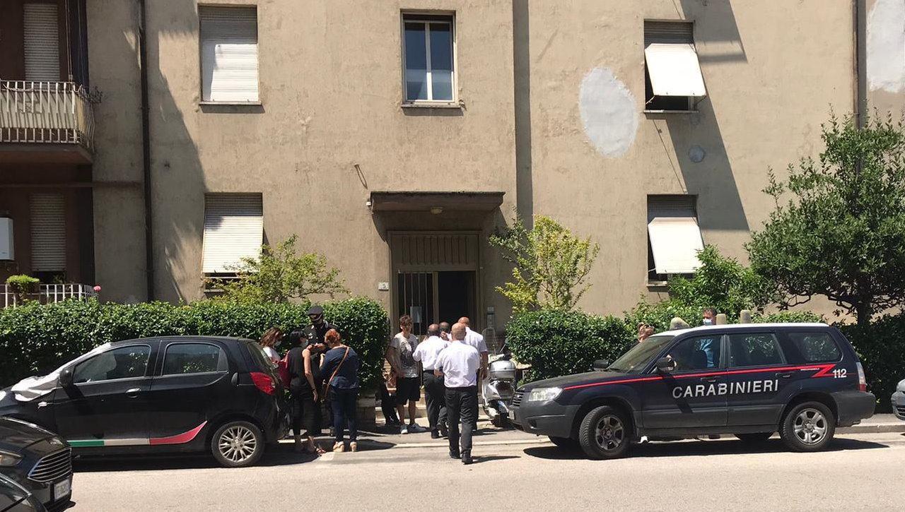 Morti due ragazzi a Terni, 15 e 16 anni, è giallo sulle cause del decesso, indagano i Carabinieri 🔴▶