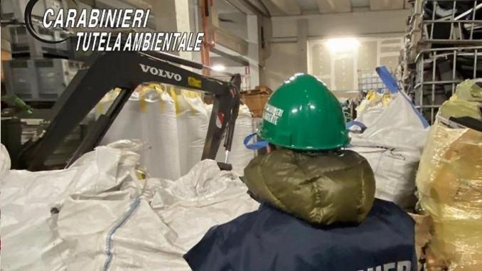 Oltre 3000 tonnellate di rifiuti speciali sequestrati dai Carabinieri