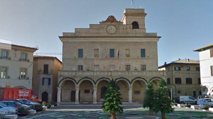 Un mese di tempo per evitare commissariamento per bilancio Montefalco