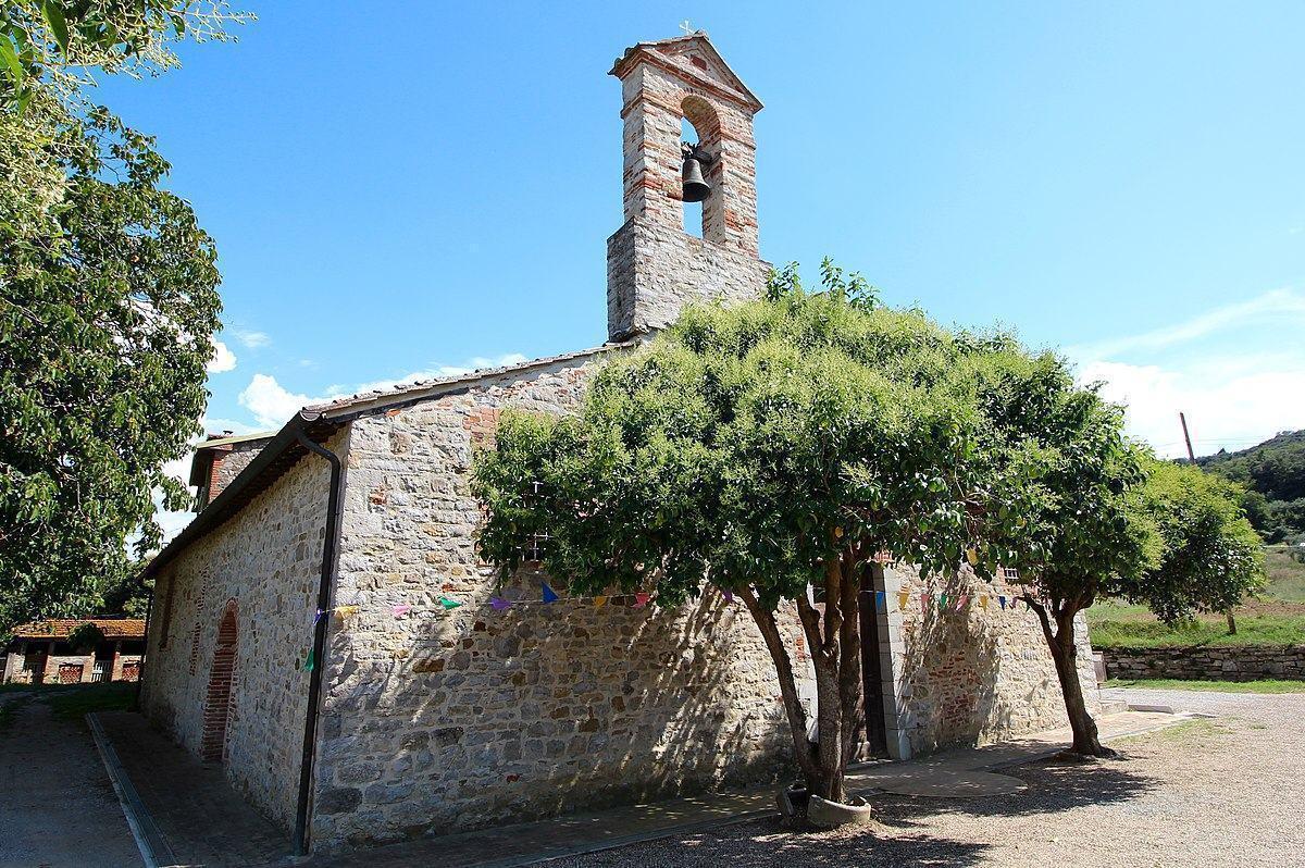 Messa di Ferragosto ad Ancaelle chiesa piccola, ma ricca di arte e storia