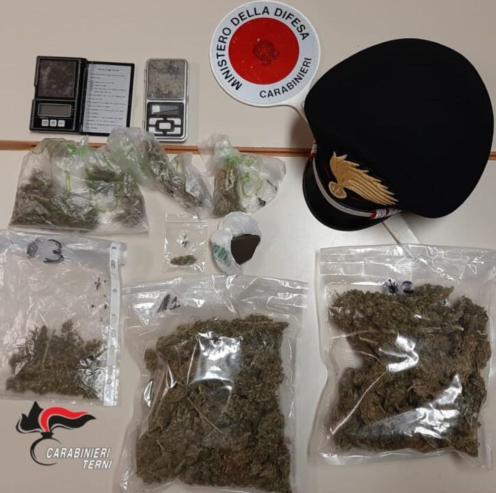 Lotta allo spaccio di droga, carabinieri arrestano due persone