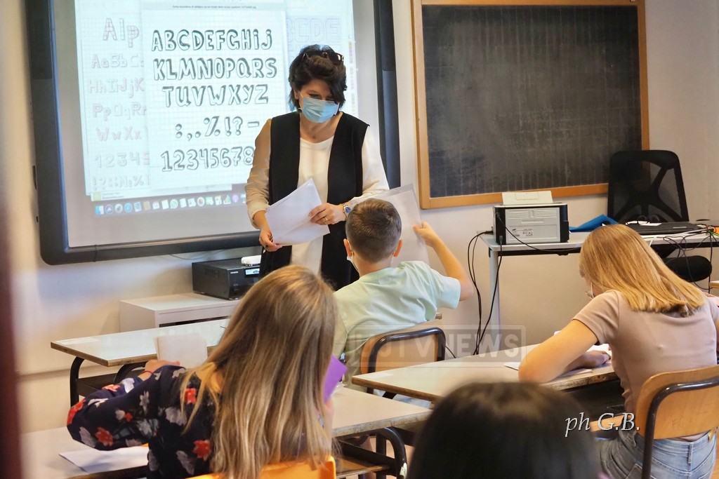 Positivi al coronavirus, in quarantena 200 tra alunni e professori