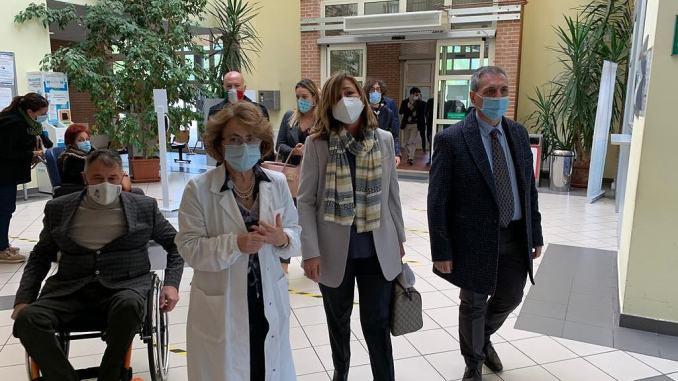Tesei e Coletto in visita negli ospedali di Foligno, Trevi e Spoleto