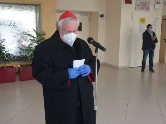 Il cardinal Bassetti è stazionario, è in intensiva in ospedale, causa covid