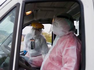 Covid, operatori sanitari costretti ad autotassarsi per proteggersi