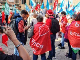 Tommaso Bori insulta migliaia di persone che difendono posto di lavoro