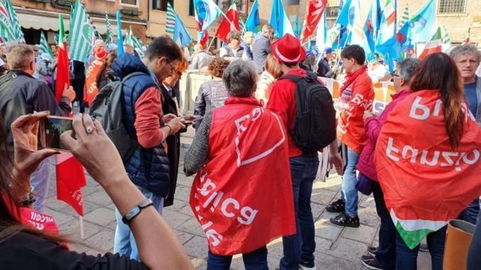 Servizi assistenza Usl Umbria 2: sindacati, bene sospensione bando