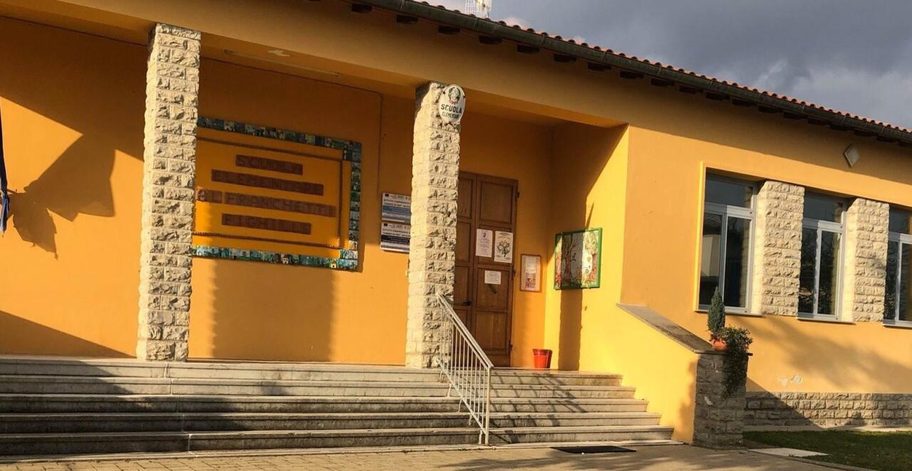 Lezioni in arabo in una scuola elementare in Alto Tevere, la Lega si scaglia