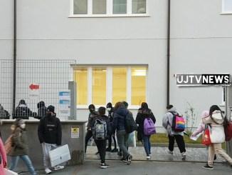 Scuola oggi, in Italia, il ritorno in classe per 5 milioni di studenti