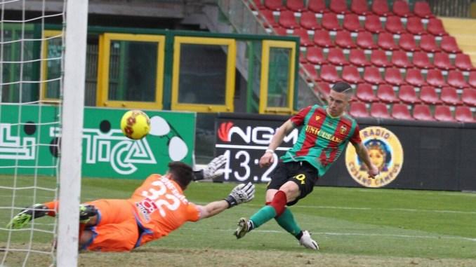 Vince ancora la Ternana, al Liberati battuto il Catania per 5-1