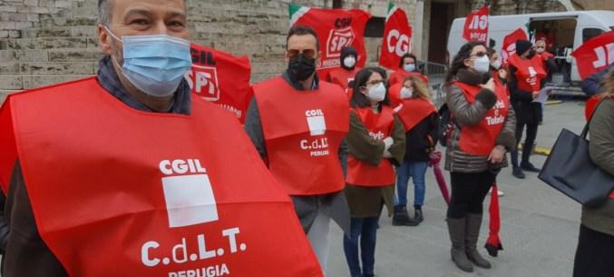 24 giugno, manifestazione a Firenze, Cgil, Cisl e Uil alla Sala dei Notari