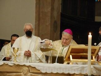 Celebrazione della Messa Crismale nella Cattedrale di Terni