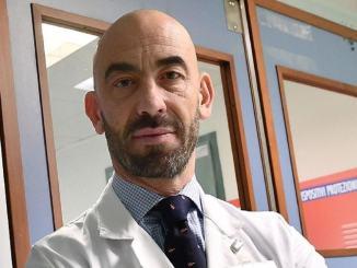 Professor Bassetti: tachipirina prima del vaccino astrazeneca? Sbagliato