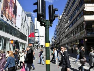 Anche la Svezia sospende somministrazione vaccino covid AstraZeneca
