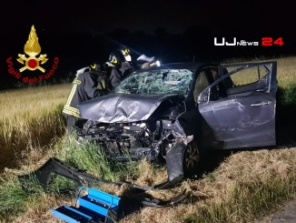 Schianto nella notte, due feriti in codice rosso, nell'incidente stradale coinvolti giovanissimi