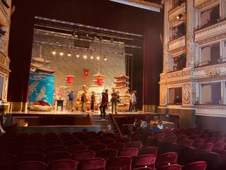 """Teatro Mancinelli di Orvieto, set della serie tv """"Le Fate Ignoranti"""" diretta da Ferzan Ozpetek"""
