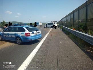 Schianto in A1, tre feriti uno in codice rosso, incidente stradale a Orvieto